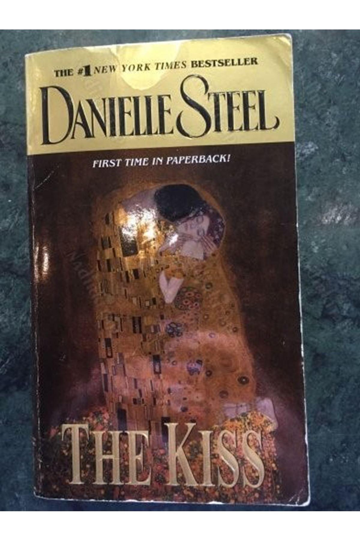 DANIELLE STEEL - THE KISS